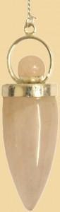 pendule déesse quartz rose